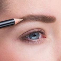 Crayon à sourcil