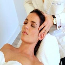 Massage du crâne